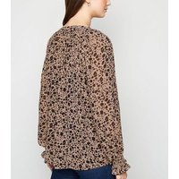 Maternity Brown Animal Print Long Sleeve Blouse New Look