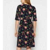 StylistPick Navy Spot and Chain Print Dress New Look