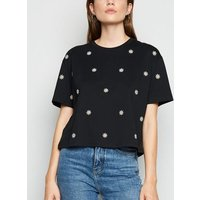 Black Daisy Embroidered Boxy T-Shirt New Look