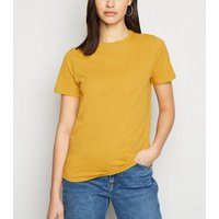 Mustard Short Sleeve Crew T-Shirt New Look