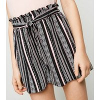 Girls Black Geometric Lightweight Shorts New Look