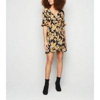 Urban Bliss Black Floral Wrap Dress New Look