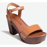 Tan Wood Block Heel Platform Sandals New Look