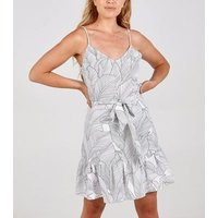Blue Vanilla White Leaf Print Ruffle Dress New Look