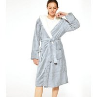 Pale Grey Hooded Fluffy Dressing Gown New Look