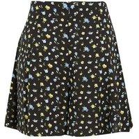 Tall Black Ditsy Floral Flippy Shorts New Look