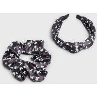 Girls 2 Pack Black Satin Butterfly Scrunchie and Headband New Look