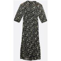 Petite Black Daisy Chiffon Midi Dress New Look