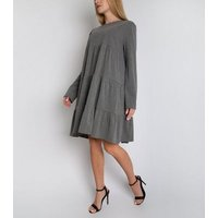 Gini London Light Grey Tiered Long Sleeve Smock Dress New Look