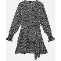 Tall Black Spot Shirred Wrap Dress New Look