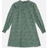 Petite Black Ditsy Floral Frill Smock Dress New Look