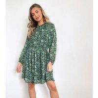 Zibi London Green Floral Chiffon Shirred Mini Dress New Look