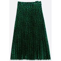 Green Satin Leopard Print Pleated Midi Skirt New Look