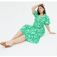 Curves Green Floral Puff Sleeve Wrap Midi Dress New Look