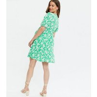 Maternity Green Floral Wrap Mini Dress New Look