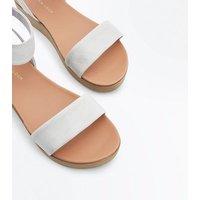Grey Wooden Flatform Sandals New Look