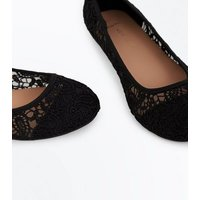 Wide Fit Black Crochet Ballet Pumps New Look