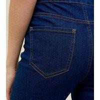 Petite Blue Hallie 26 Inch Ripped Hem Jeans New Look