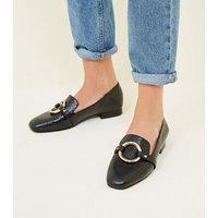 Black Faux Snake Ring Front Loafers New Look