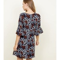 Mela-Navy-Leaf-Print-Bell-Sleeve-Shift-Dress-New-Look