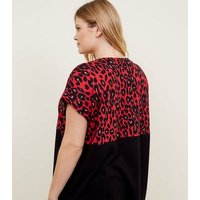 Curves Red Leopard Print Colour Block T-Shirt New Look