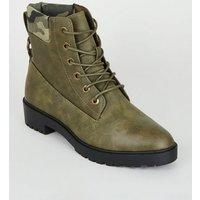 Khaki Camo Cuff Flat Lace Up Boots New Look