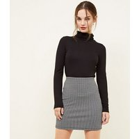 Petite Black Houndstooth Tube Skirt New Look