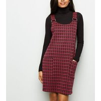 Petite Pink Houndstooth Pinafore Dress New Look