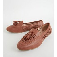 Wide Fit Tan Leather-Look Woven Loafers New Look