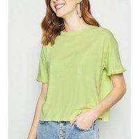 Light Green Acid Wash Crop T-Shirt New Look