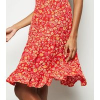 Red Floral Crinkled Tiered Sundress New Look