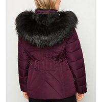 Petite Burgundy Faux Fur Fitted Puffer Jacket New Look