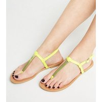 Wide Fit Green Neon Metal Studded Footbed Sandals New Look