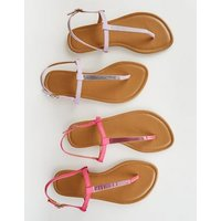 Wide Fit Bright Pink Bar Strap Flat Sandals New Look
