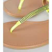 Wide Fit Light Green Neon Toe Post Sandals New Look