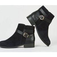 Wide Fit Black Suede Buckle Ankle Boots New Look