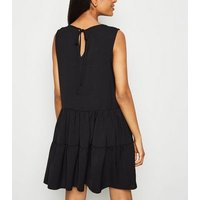 Petite Black Sleeveless Smock Dress New Look