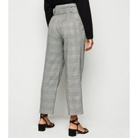 Petite Black Prince of Wales Check Trousers New Look