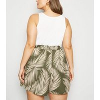 Curves Green Tropical Print Shorts New Look