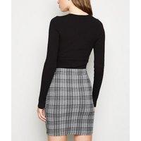 Tall Black Check Mini Skirt New Look