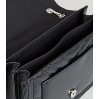 Black Leather-Look Quilted Chain Shoulder Bag New Look