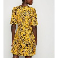 Yellow Animal Print Shirred Sleeve Tea Dress New Look