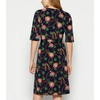 StylistPick Navy Spot and Chain Print Dress New Look