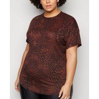 Curves Red Leopard Print T-Shirt New Look