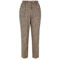 Petite Brown Leopard Print Joggers New Look