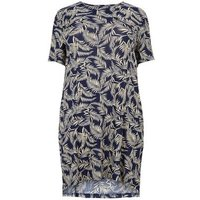Blue Vanilla Curves Navy Feather Print Dress New Look