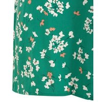 Curves Green Floral Flippy Shorts New Look
