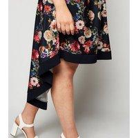 Mela Curves Navy Floral Wrap Dress New Look