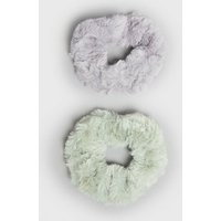 2 Pack Multicoloured Faux Fur Scrunchies New Look