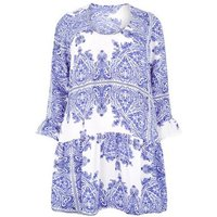 Vero-Moda-Curves-Blue-Paisley-Dress-New-Look